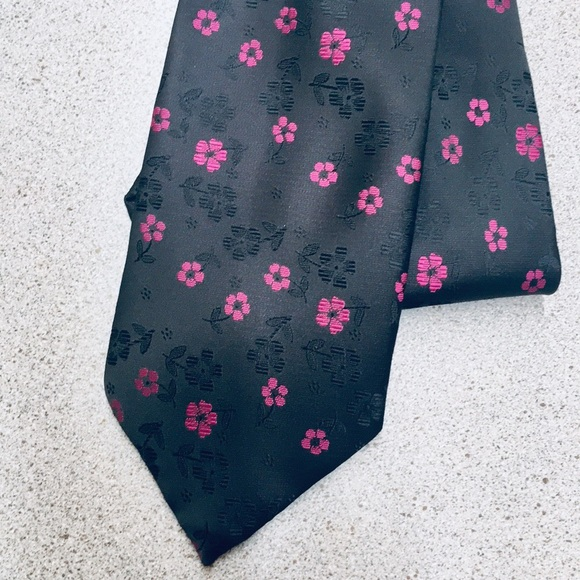 64a0cf2480cb Paul Smith Accessories | London Black Pink Floral Silk Tie | Poshmark